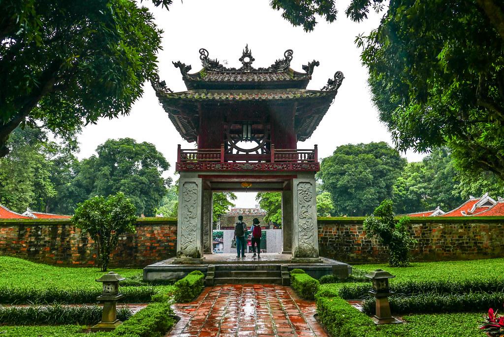 temple de la littérature hanoi